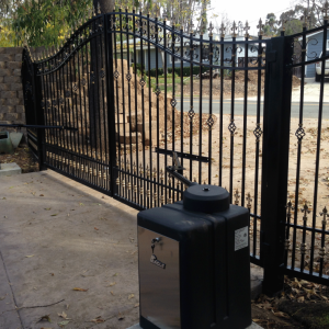 Automatic gate opener